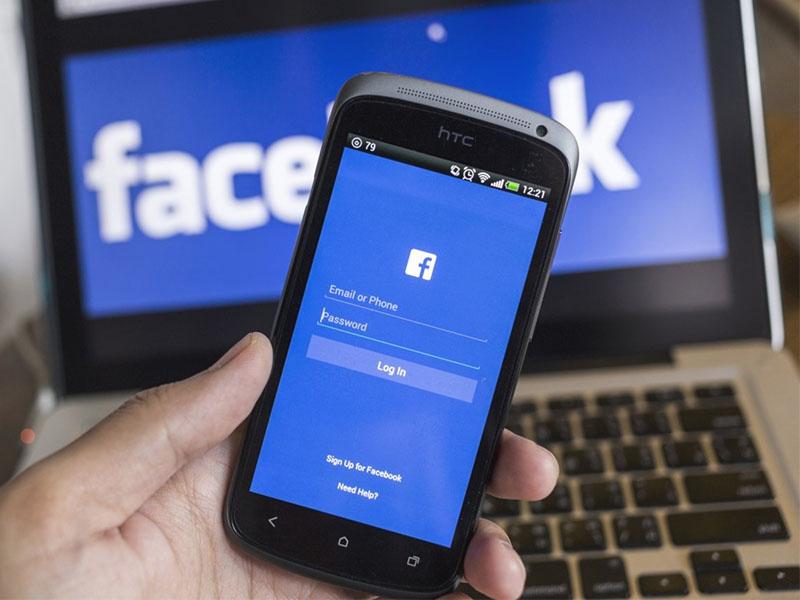 ขายกระเป๋าออนไลน์ผ่าน facebook live ช่องทางใหม่ในการขายสินค้า