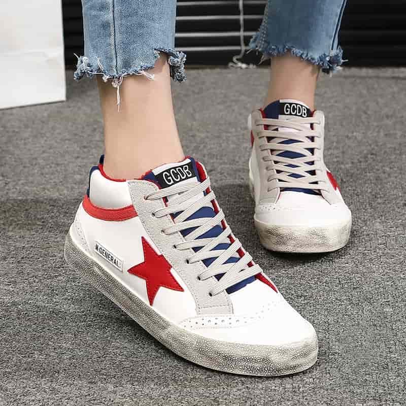รองเท้าแบรนด์สุดฮิตที่วัยรุ่นนิยม